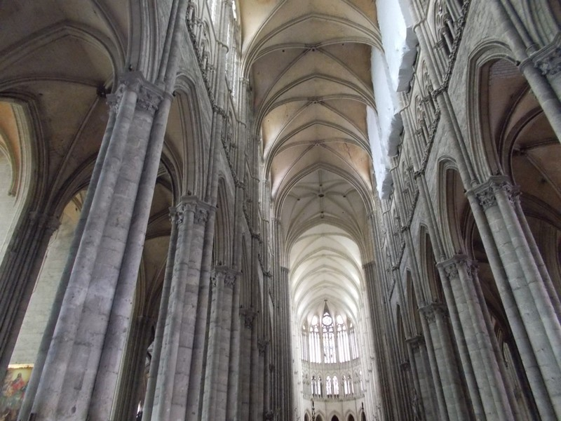 AMIENS,  FRANCE.  Cathedral  Nave.