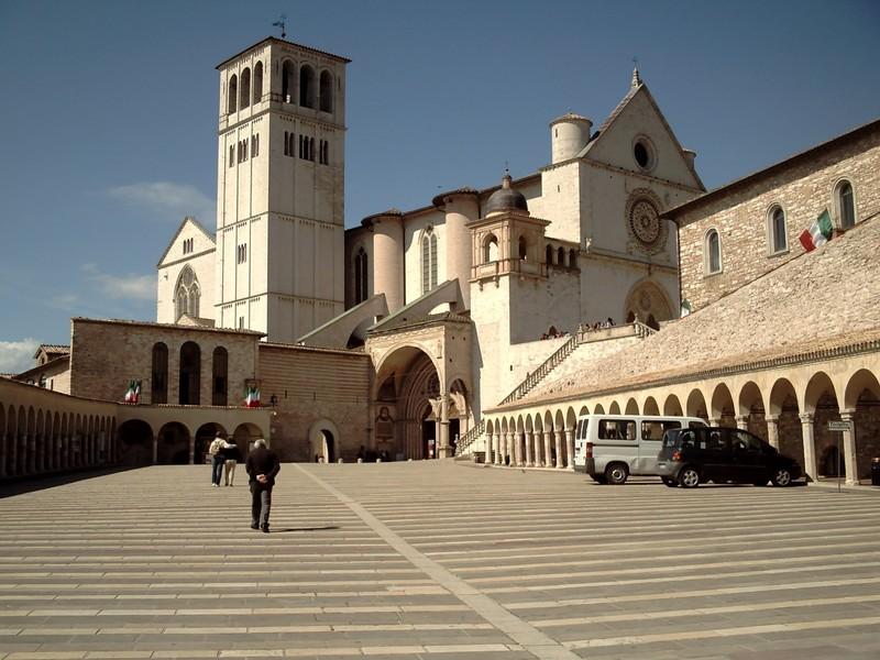 ASSISI   ITALY  --   St. Francis  Basilica.