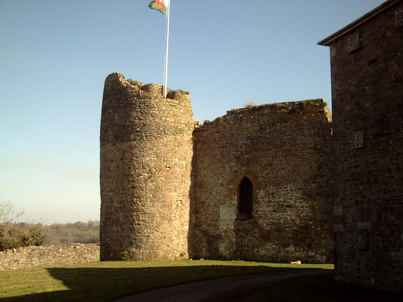 HAVERFORDWEST --  WALES  .--  Castle.