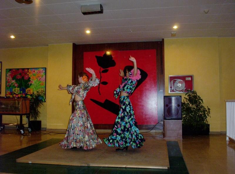 dancers in  hotel Eurosalou  in  SALOU SPAIN.