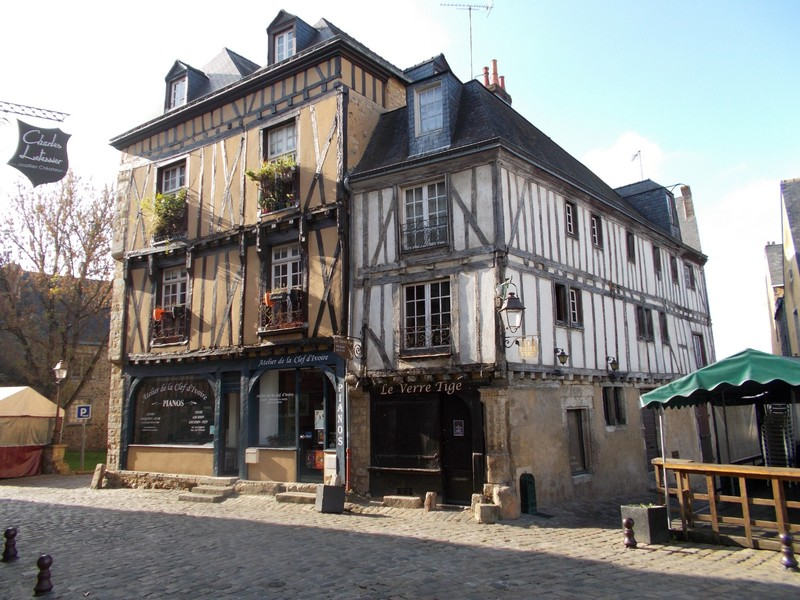 LE  MANS  FRANCE.  Half  timbered buildings everywhere.