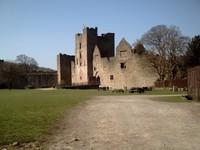 LUDLOW,  ENGLAND.  ---  Castle  ruin.