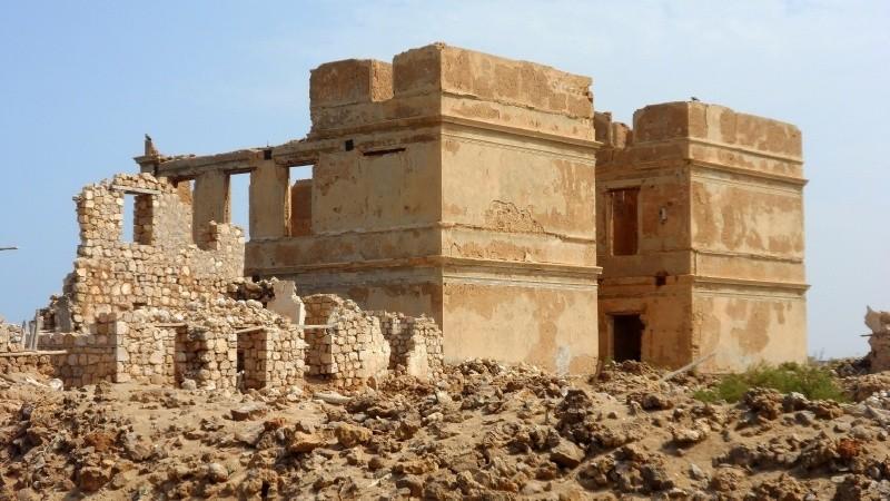 Ruins on Suakin's old island.