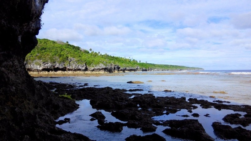 There are no significant beaches in Niue; largely rock with seatracks leading down to coral flats.