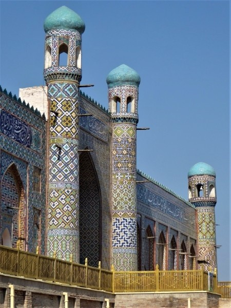 Khudoyar Khan Palace.