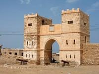 Gateway in Suakin town.