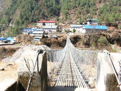 Bridge near Phakding
