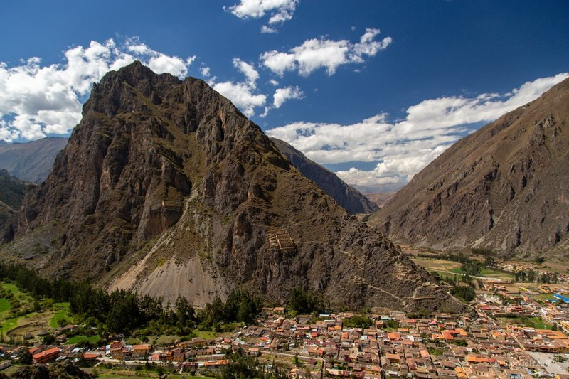 Ollantaytambo town with mountain behind, seen from the Ollantaytambo ruins