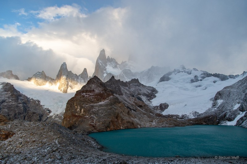 Laguna de los Tres and Fitz Roy (mostly in clouds)