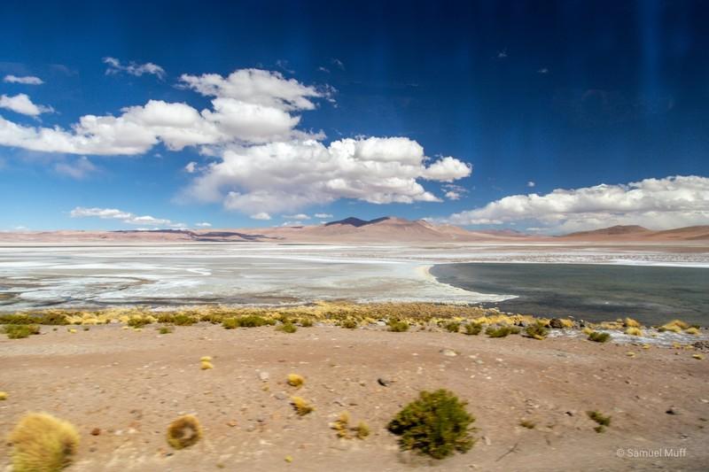 Laguna Quisquiro after the Chilean border