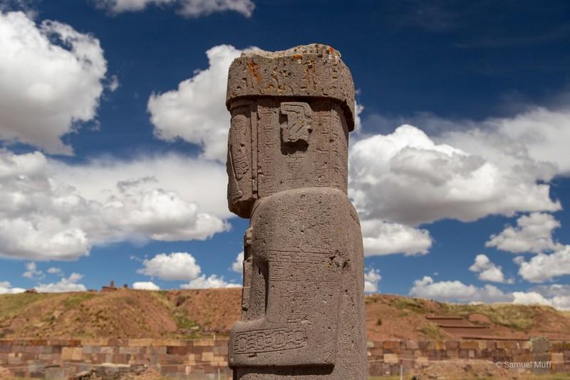 Close-up of Tiwanaku statue