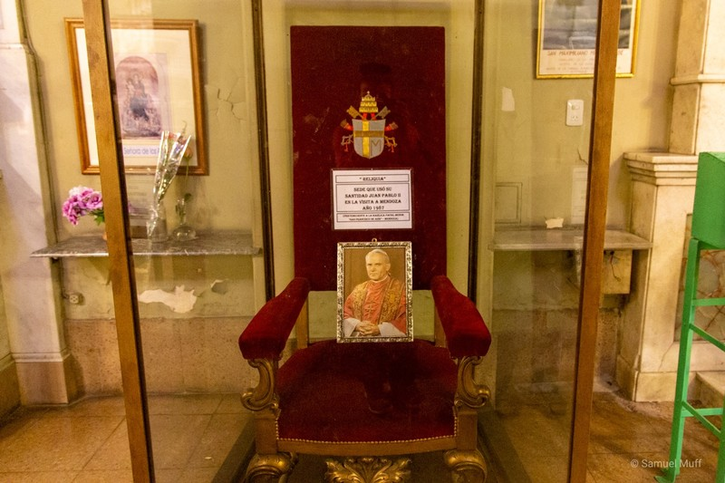 Chair where the Polish Pope John Paul II sat, on display in the Basílica de San Francisco in Mendoza