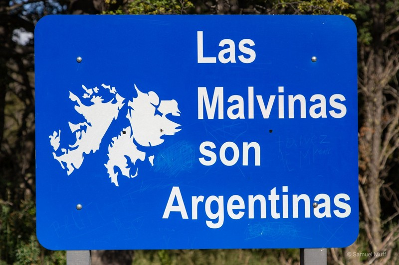 Common Argentine highway sign reminding people that Las Malvinas (the Falkland Islands) are part of Argentina