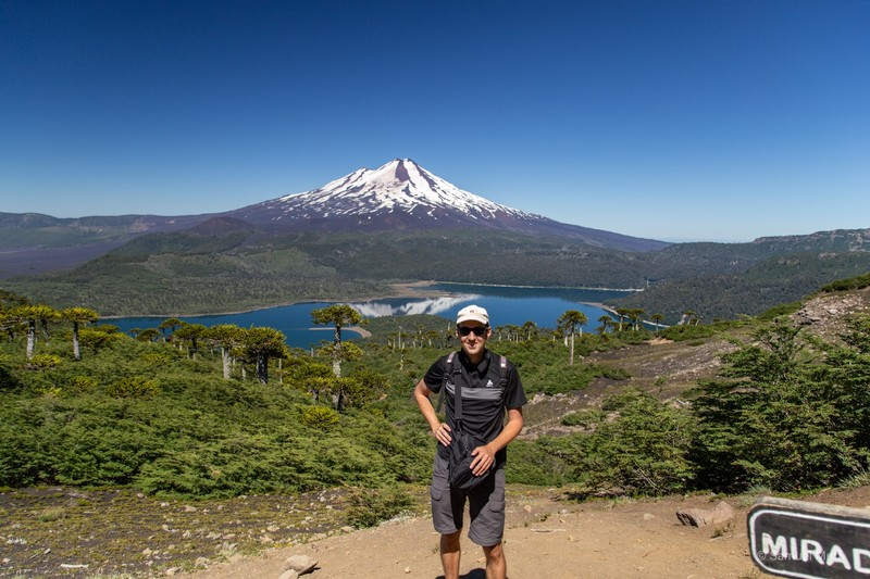 Sam in front of Volcán Llaima (3125m)