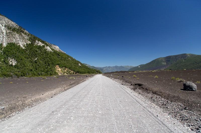 Road to the south of Parque Nacional Conguillío