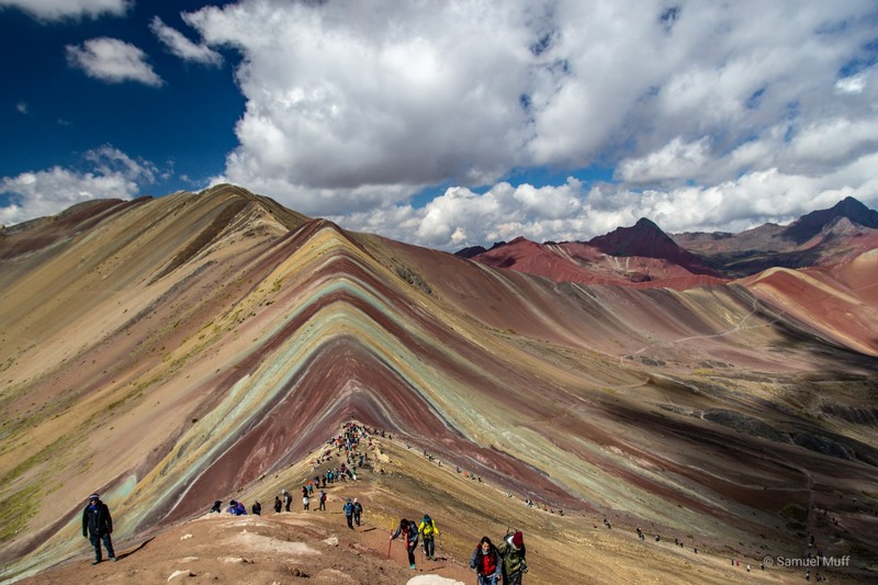 Rainbow Mountain (5080m)