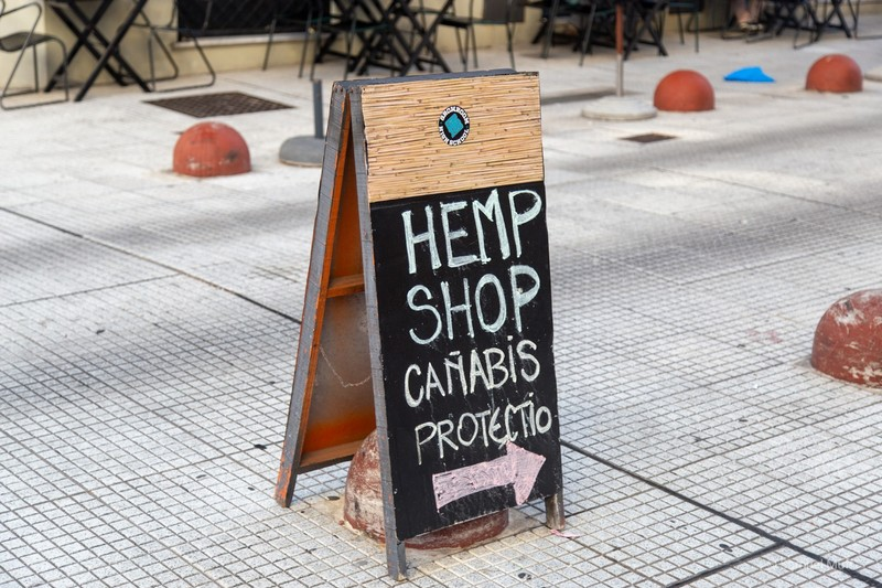 Sign for cannabis shop in Montevideo
