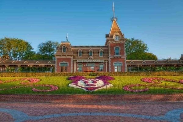 Disneyland Tickets in Reasonable Price - Park Savers