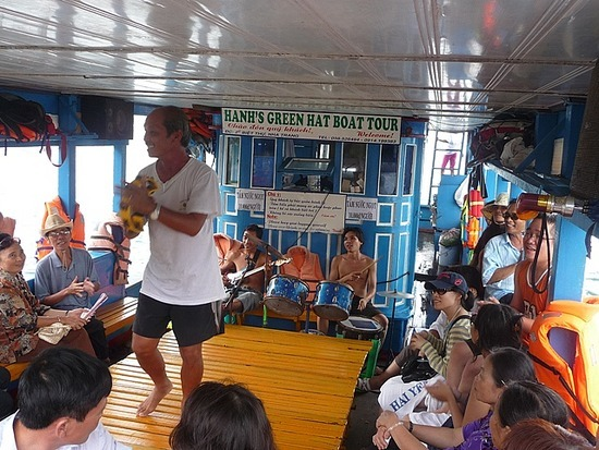 Boat Trip - Kareoke Time!