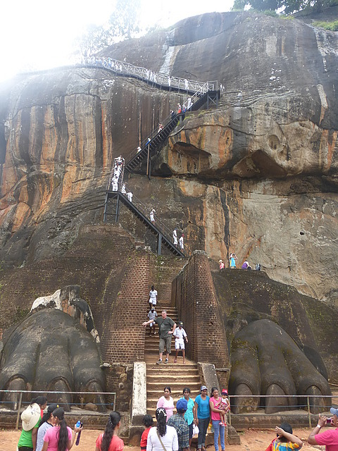 Sigiriya - Final climb to the top