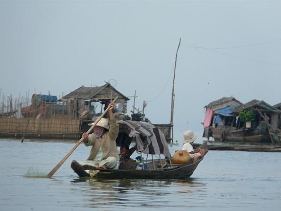 Floating village on Tonle Sap lake 3