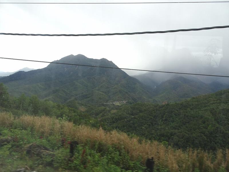 KK - Sandakan bus trip - Passing Mt Kinabalu