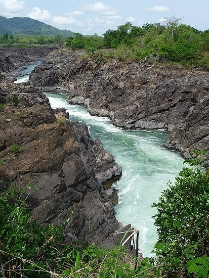 Cycling round Don Khon - Waterfall 1