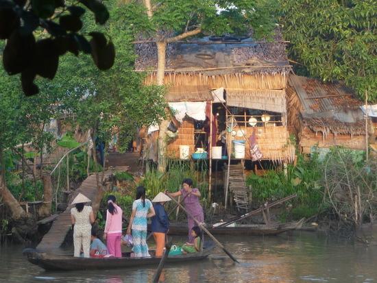 Village nr Homestay - Crossing river