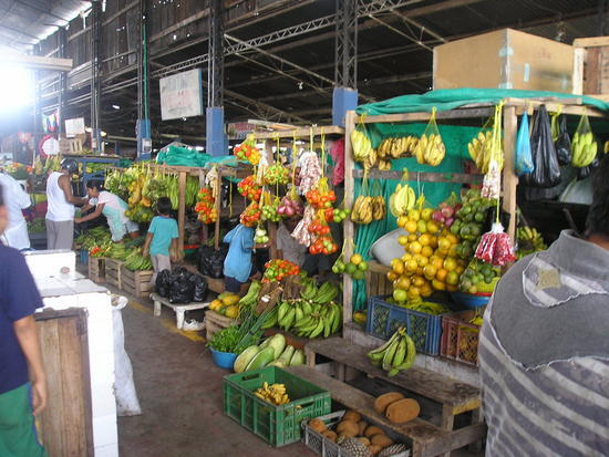 leticia market 2