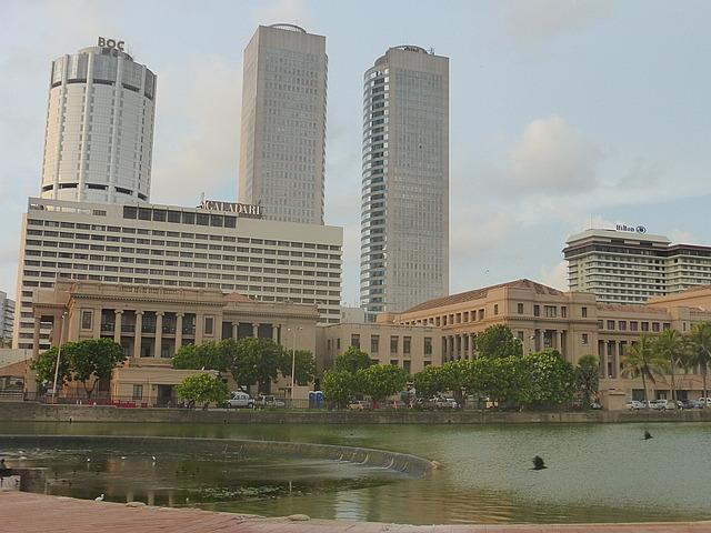 Fort - secretariat and skyscrapers
