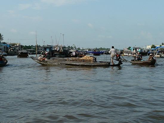 Nr Can Tho - Cam Rai Floating Market 1