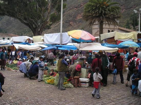 Pisac  Sunday Market 1