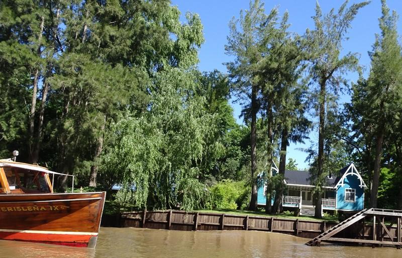 River Plate delta boat trip