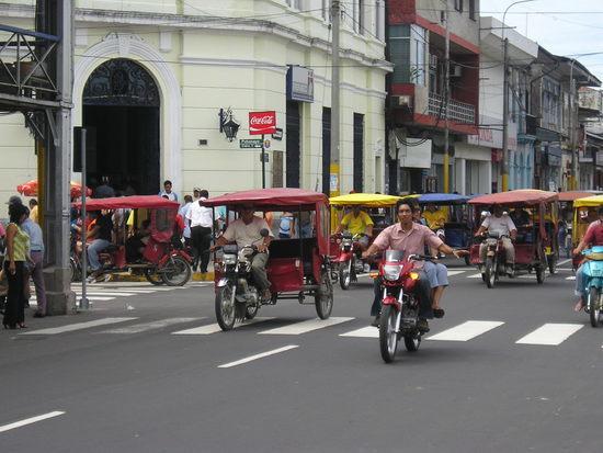 Plaza de Armas - Motor Taxis