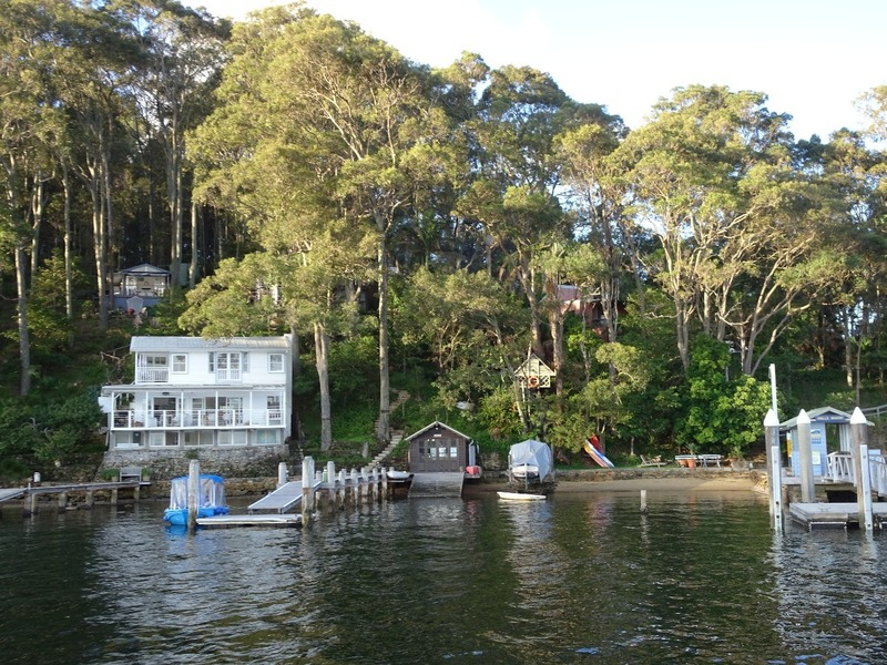 Boat trip to YHA Pittwater
