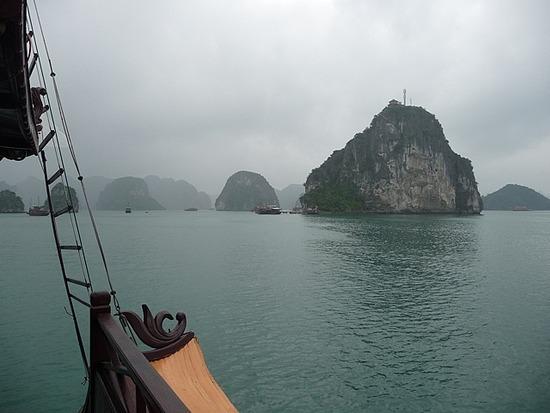 Halong Bay Scenes 3