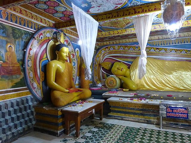 Buddha shrine at Natha Devale