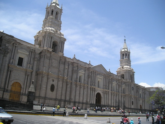Arequipa - Plaza de Armas - Cathedral