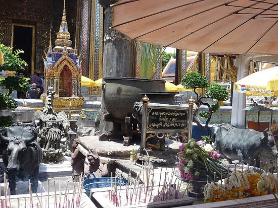 Wat Phra Keo and Grand Palace 7