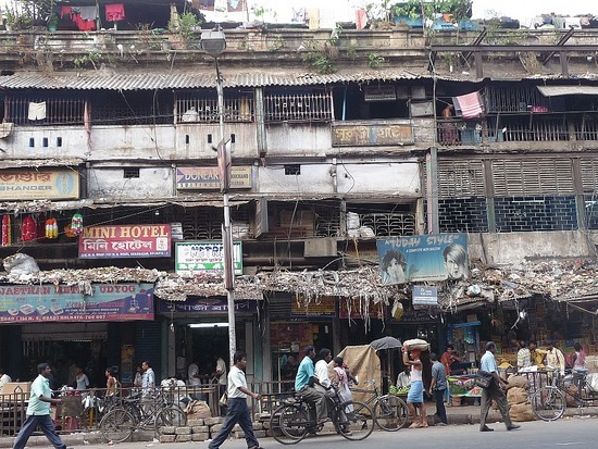 A Calcutta Street - Would you stay at Mini Hotel?!