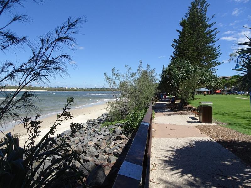 Views from Caloundra walkway to Kings Beach