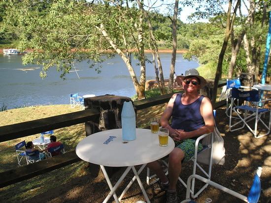 "Puerto Iguazu ""port"" bar"