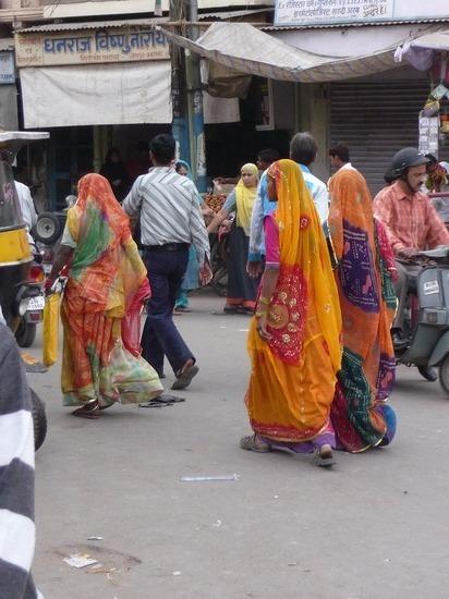 Women around town 3