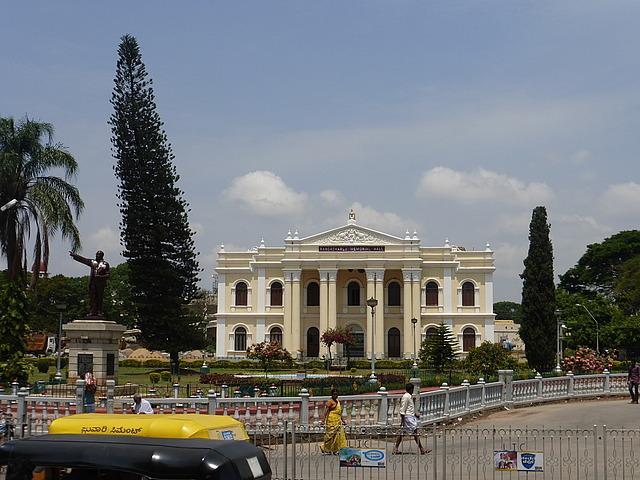 Colonial building - memorial hall