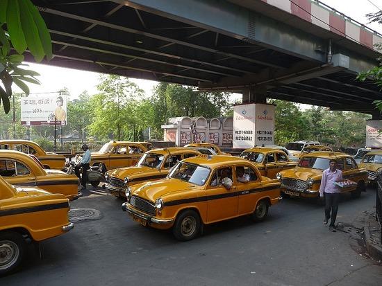 Calcutta Transport - Hindustan Ambassador Taxis