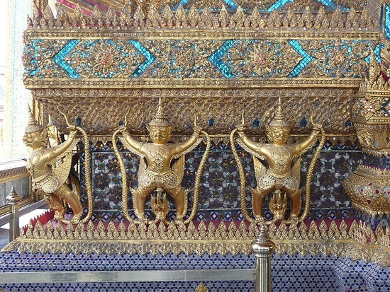 Wat Phra Keo and Grand Palace 9