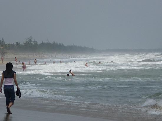 Cua Dai beach trip by bicycle 2