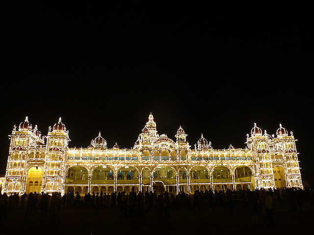 Mysore Palace: 1900-1945 on Sundays!