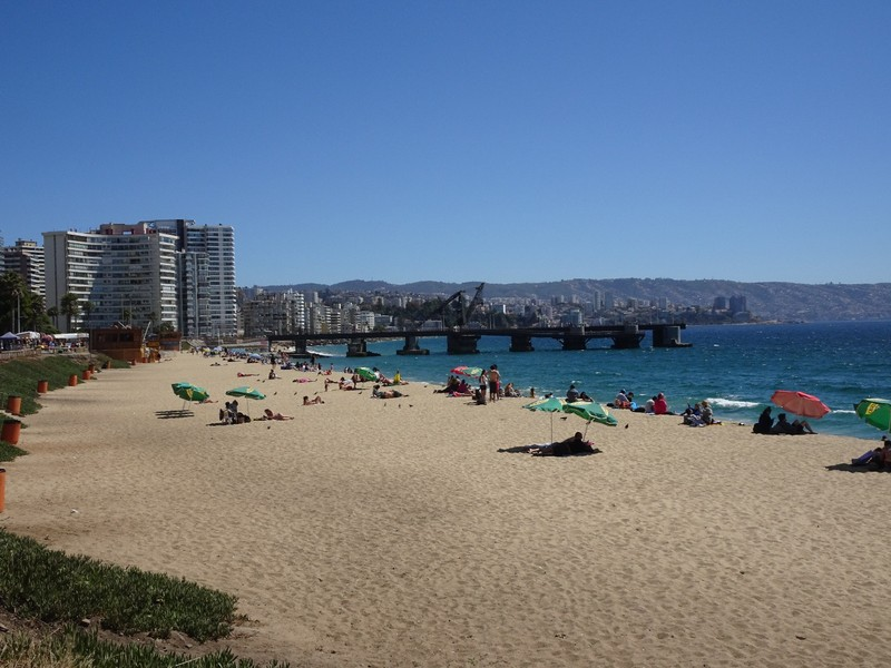 Vina del Mar main beach