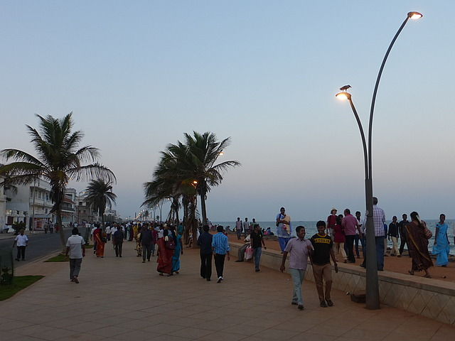 Pondicherry seafront early evening 4